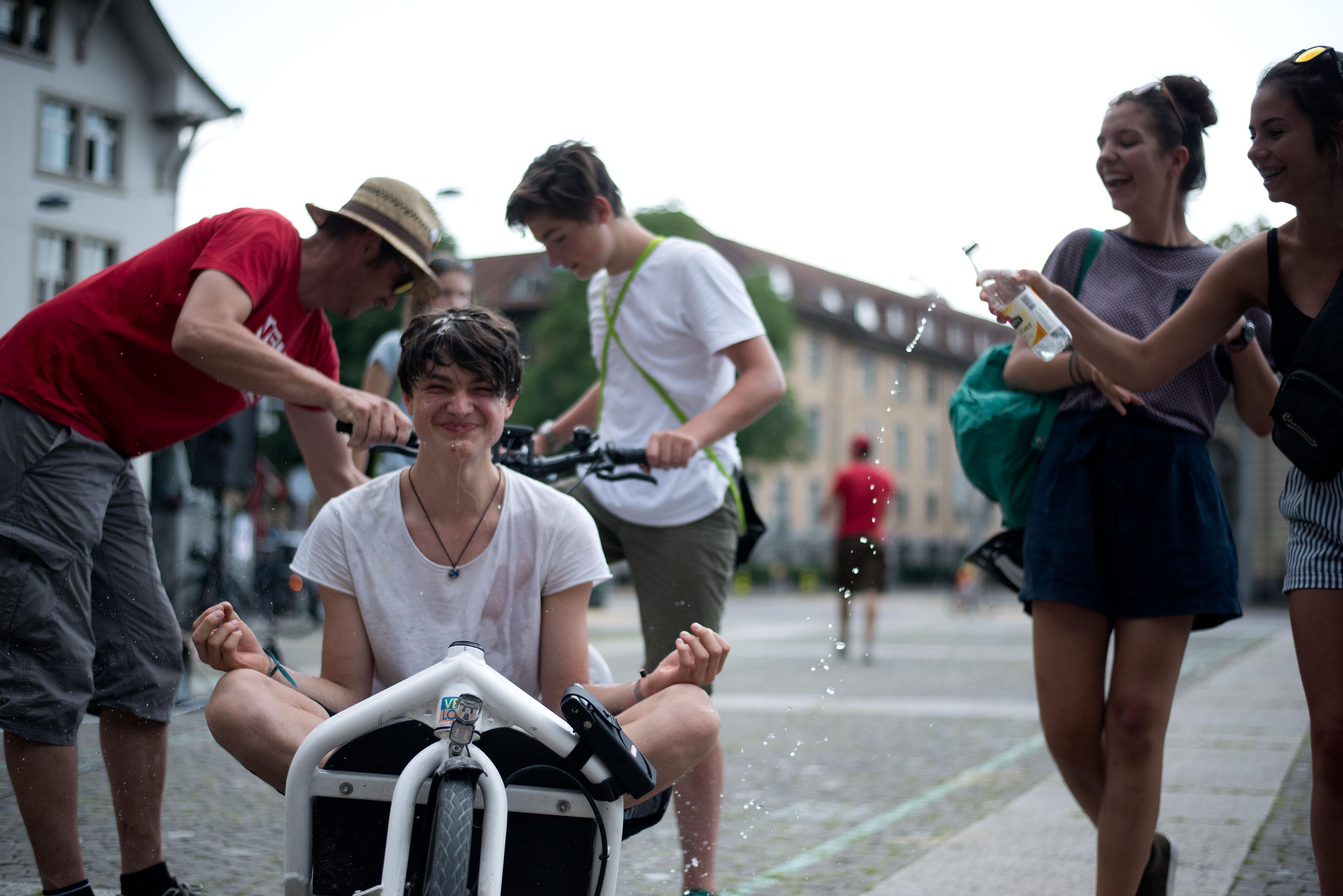 Zürich, mercredi 21 juin 2017. Helvetiaplatz et environs. Finale Suisse Allemande de DEFI Vélo. Copyright © Marius Affolter 2017